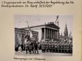 1955_05_22_Ringparade Fahnengruppe mit 1_Kompanie