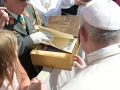 Garde_2018_09_12_EIDLER_Bibel beim Papst_305795_12092018