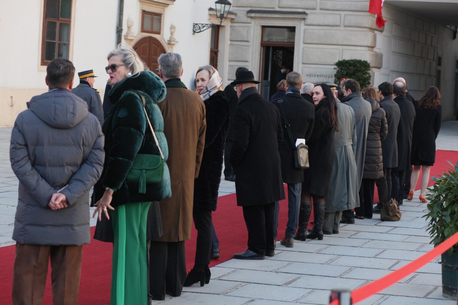 2019_01_11_1Gardekompanie_HBP_SUI_Präsident_Schweiz_Burghof - 34 of 36