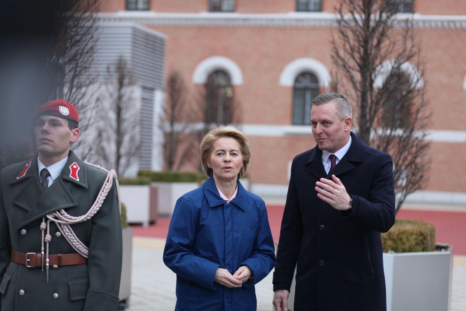 2019_01_18_1Gardekompanie_Treffen_Verteidigungsminister_DE_CHE_AUT_Rosau - 14 of 39