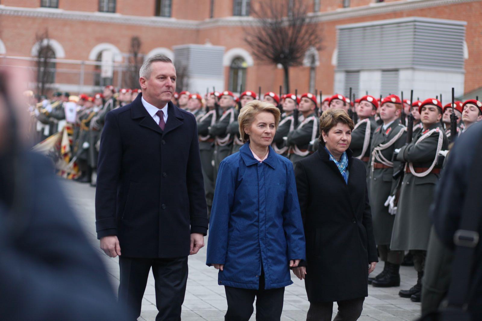 2019_01_18_1Gardekompanie_Treffen_Verteidigungsminister_DE_CHE_AUT_Rosau - 22 of 39