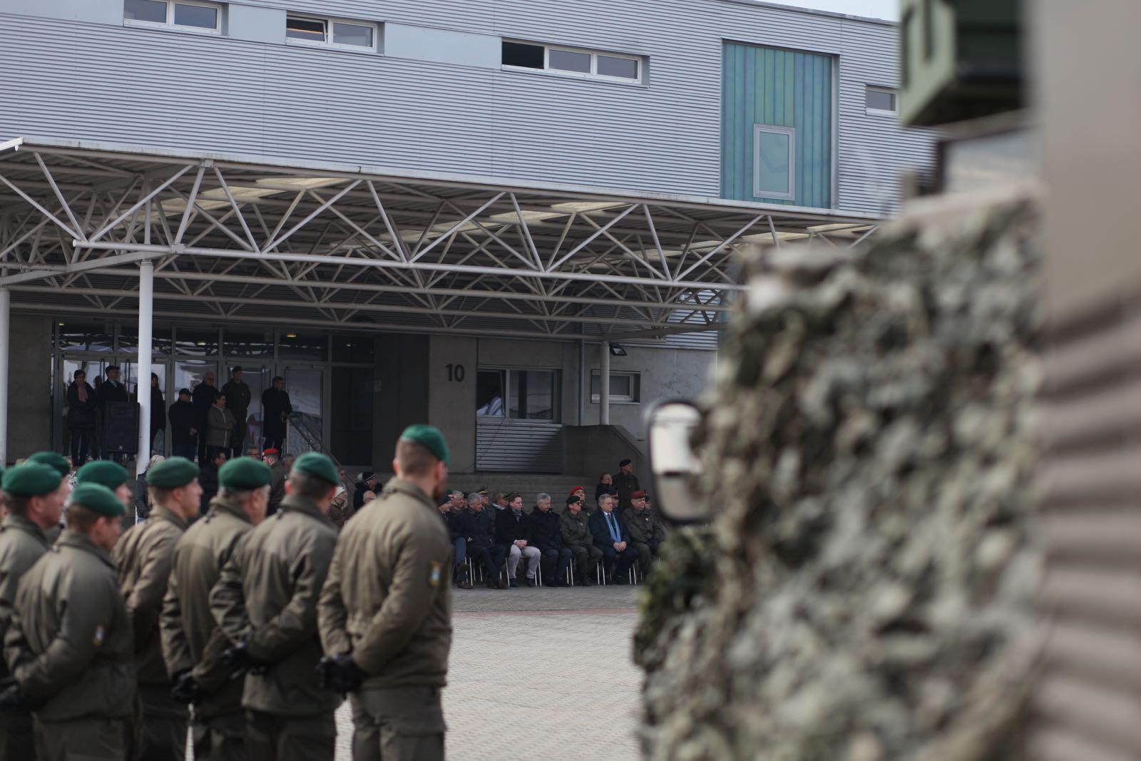 2019_02_08_5Gardekompanie_KPE_EUFOR30_Verabschiedung - 41 of 61