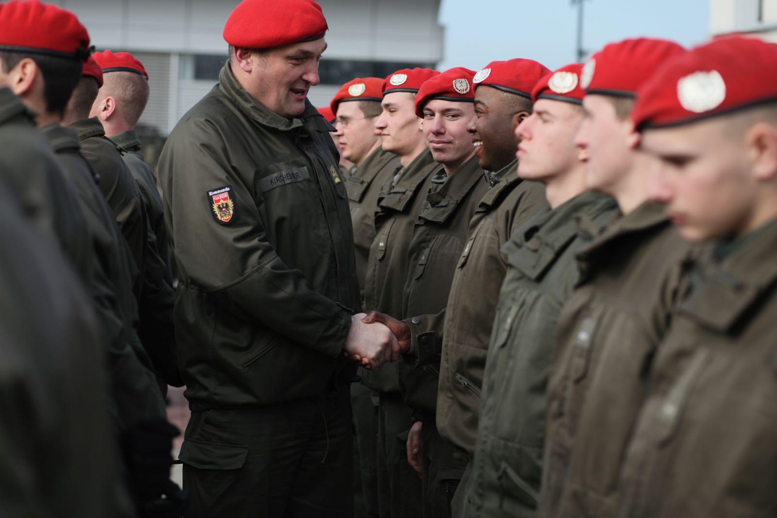 2019_02_08_5Gardekompanie_KPE_EUFOR30_Verabschiedung - 59 of 61