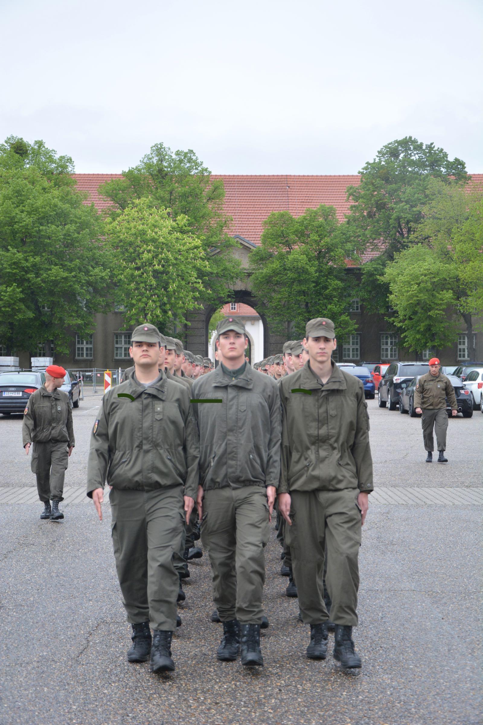 2019_04_30_Beförderung_Pippan - 2 of 8