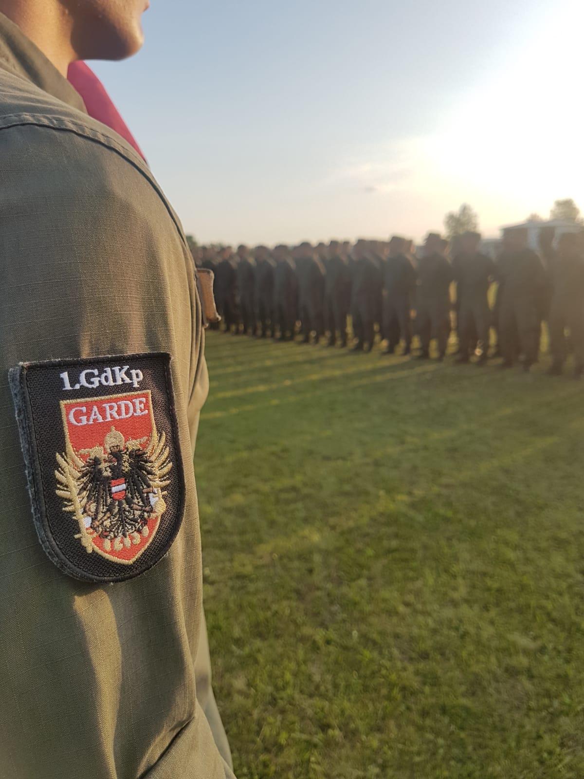 2019_08_01_Garde_1.GdKp_Horn_feierliche-Waffenübergabe-StG58_19