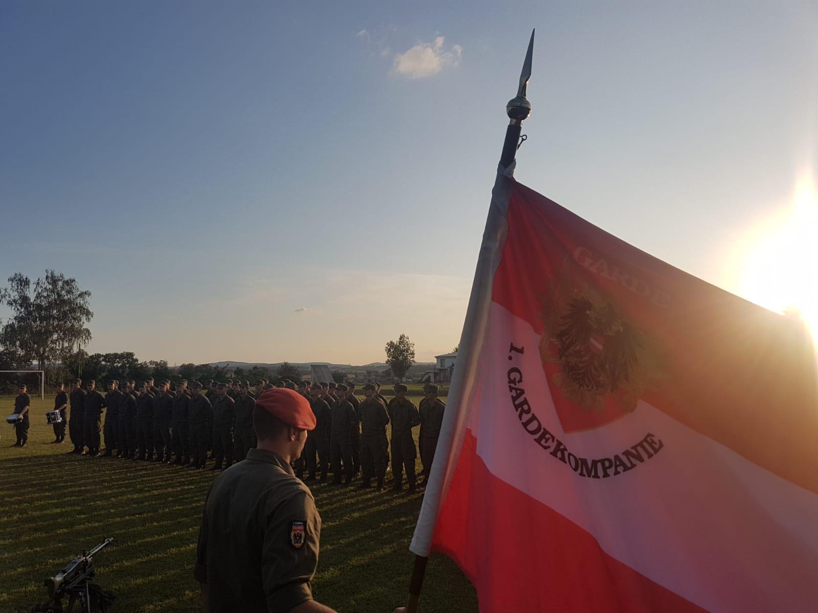 2019_08_01_Garde_1.GdKp_Horn_feierliche-Waffenübergabe-StG58_20
