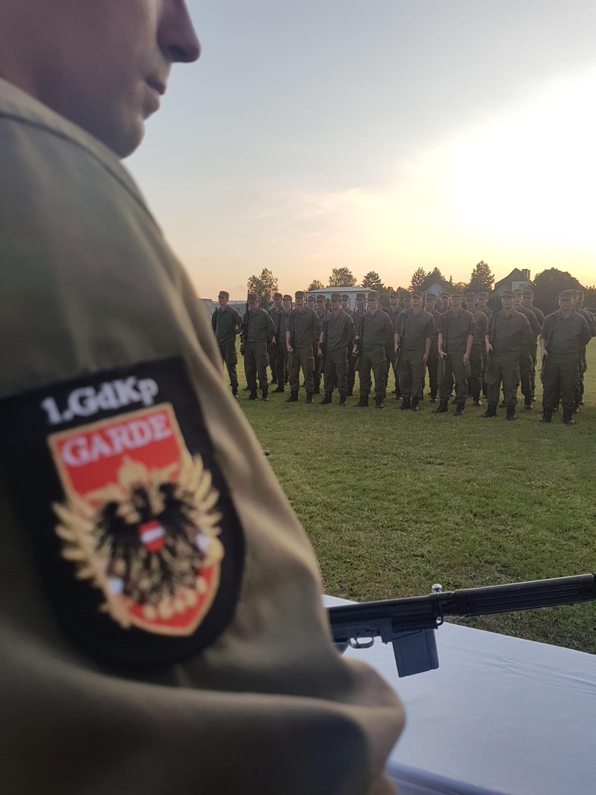 2019_08_01_Garde_1.GdKp_Horn_feierliche-Waffenübergabe-StG58_41