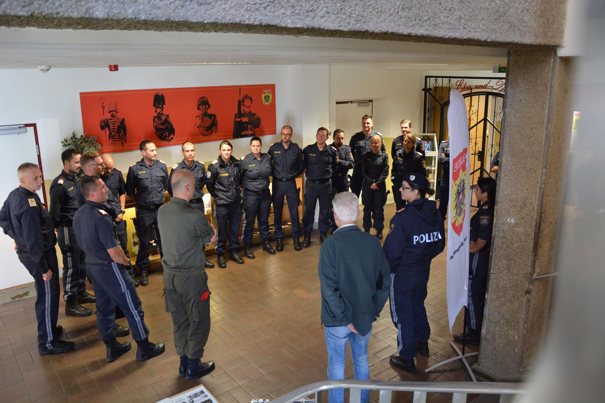 2019_09_19_Garde_Polizei_Traditionsraum-Offiziersanwärter_001