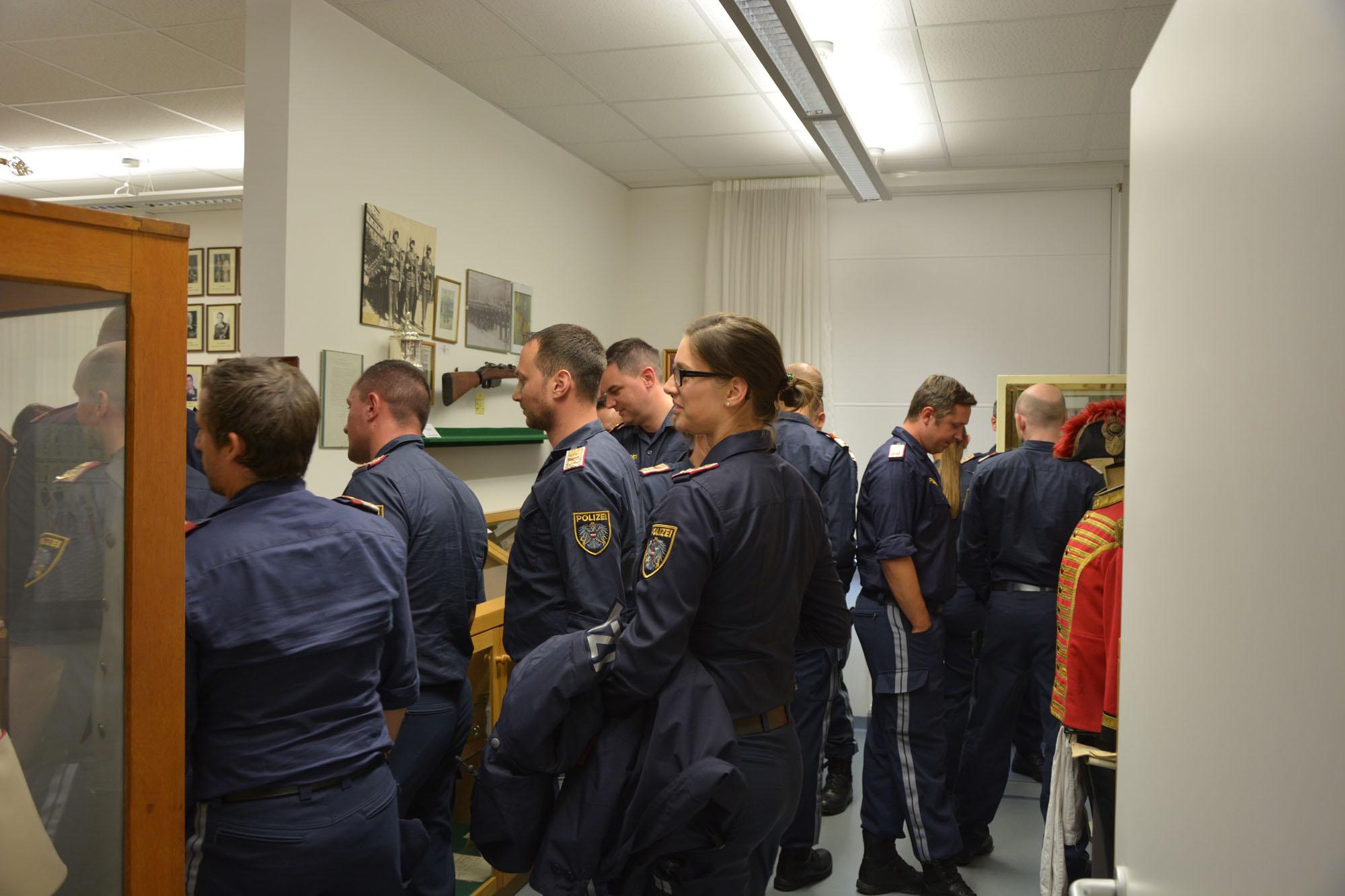 2019_09_19_Garde_Polizei_Traditionsraum-Offiziersanwärter_008
