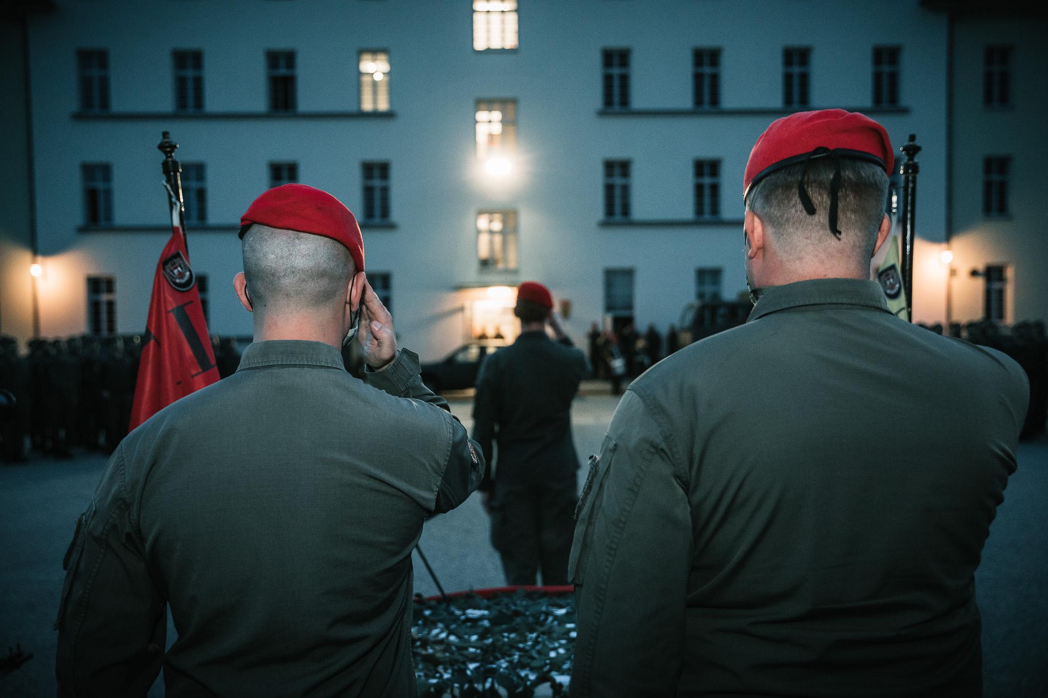 © Nick Rainer   www.nickrainer.com